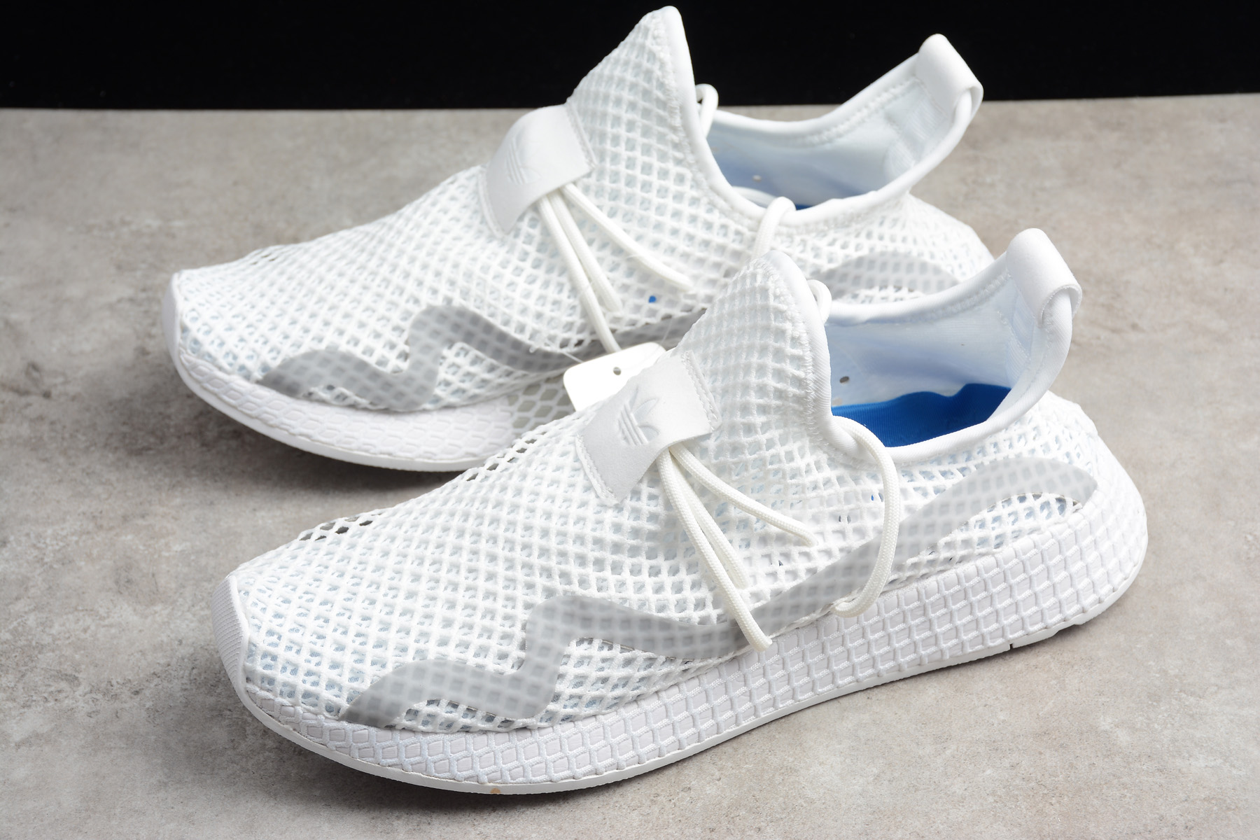 Arashigaoka Larva del moscardón plátano  New adidas Deerupt Runner White/Grey-Blue Shoes 2018 Free Shipping