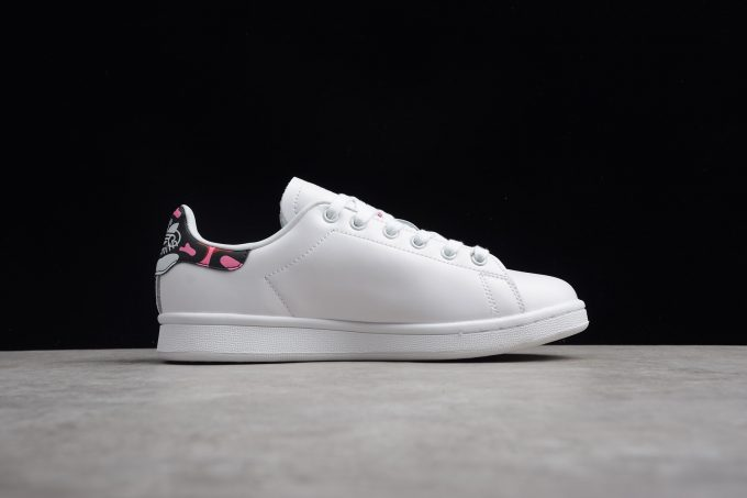 adidas Stan Smith White Bright Red Bright Powder 1 680x453
