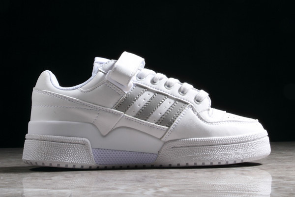 adidas Originals. SWIFT RUN Sneaker low whitegrey one
