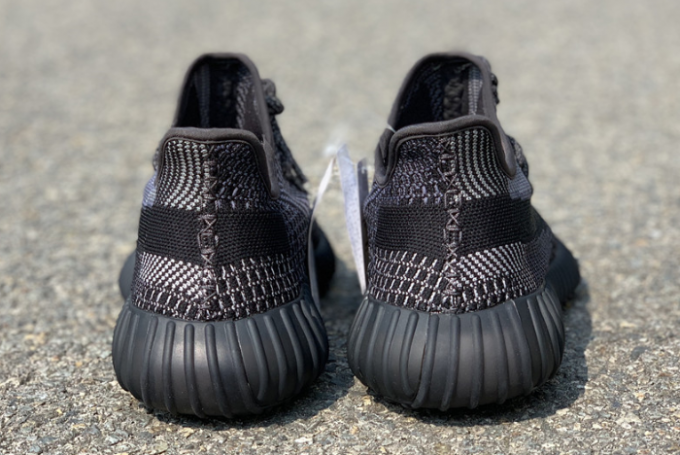 2020 adidas Yeezy Boost 350 V2 Oreo FZ4977 For Sale 4 680x455