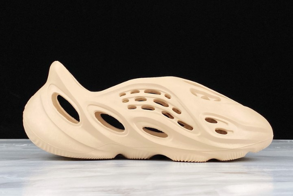 2020 adidas Yeezy Foam Runner Slide Cream For Sale 1