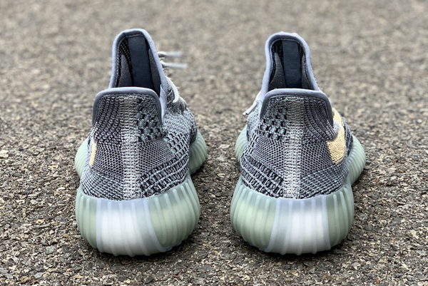 2021 adidas Yeezy Boost 350 V2 Ash Blue GY7657 For Sale 4 600x401